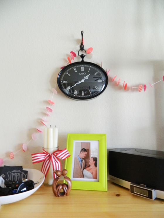 valentines-confetti-garland